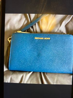 Photo Brand New Michael Kors cell phone wristlet