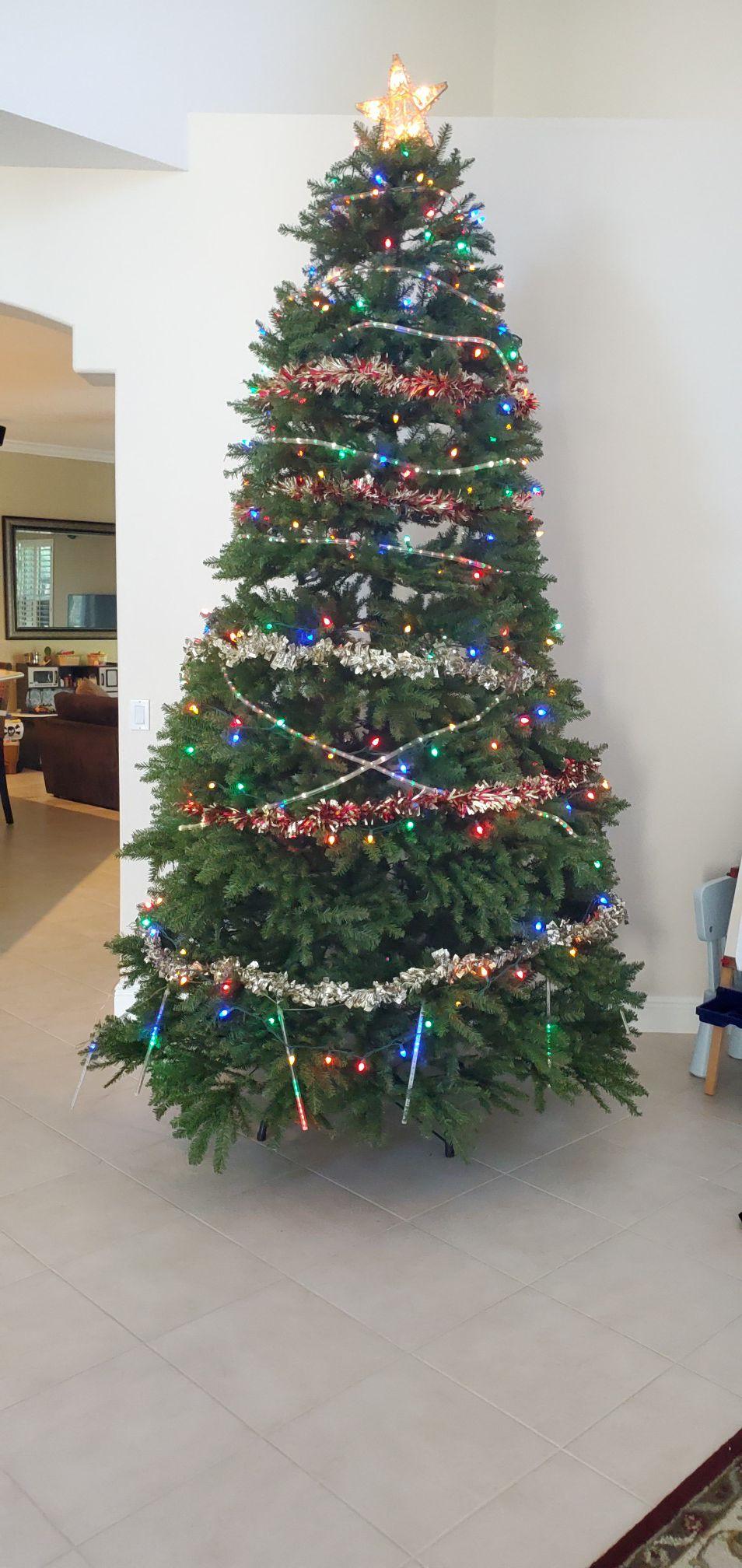 10 ft Christmas tree with bag