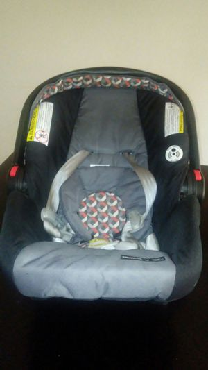 Infant Graco Car Seat for Sale in Raleigh, NC