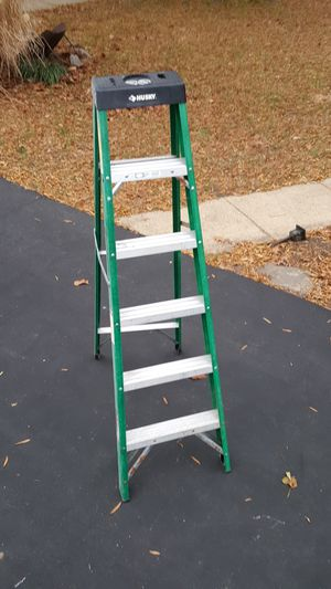 6ft fibreglass step ladder for Sale in Bowie, MD