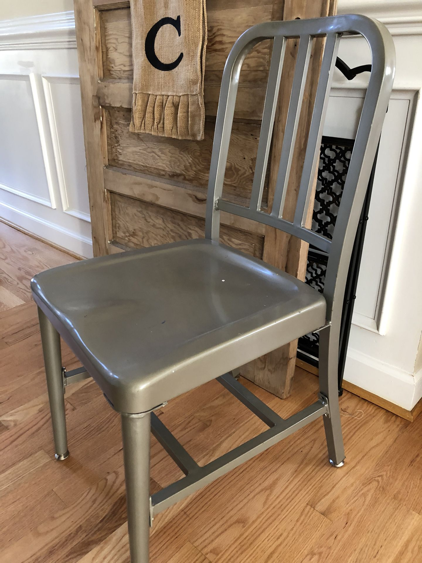 Great Metal Chair- Good For Students Virtual School