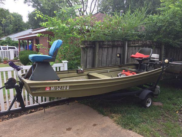14 ft Jon boat for Sale in Memphis, TN - OfferUp