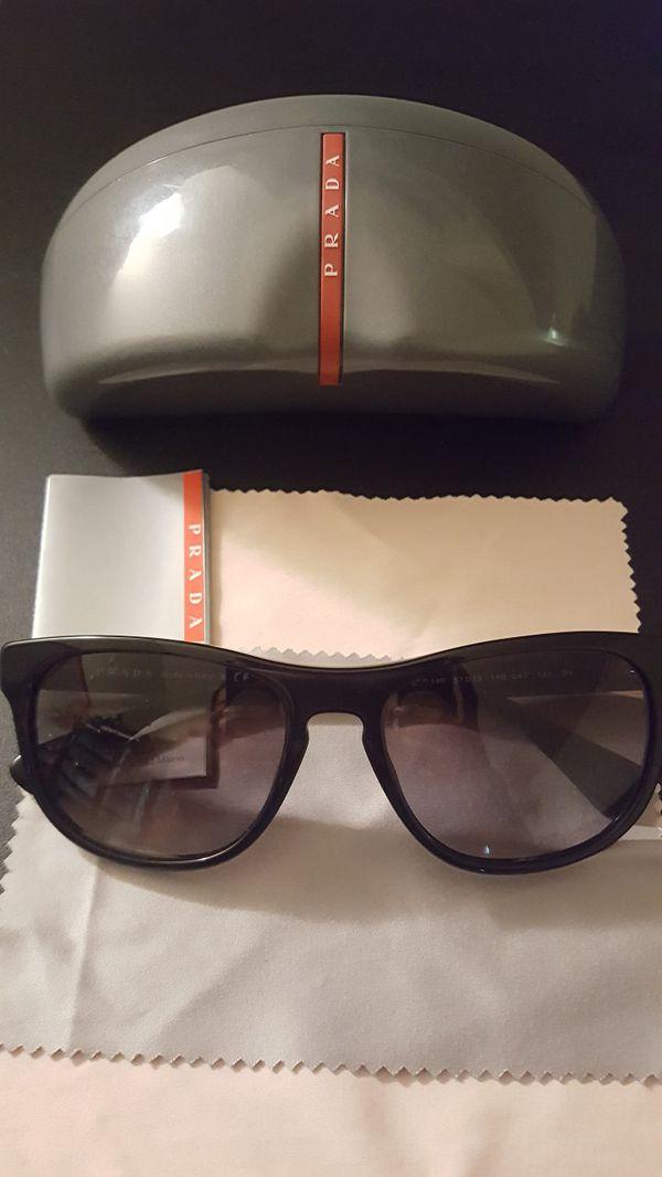 7469f5efbb08b Prada Sunglasses w case SPR 14R for Sale in Newport Beach