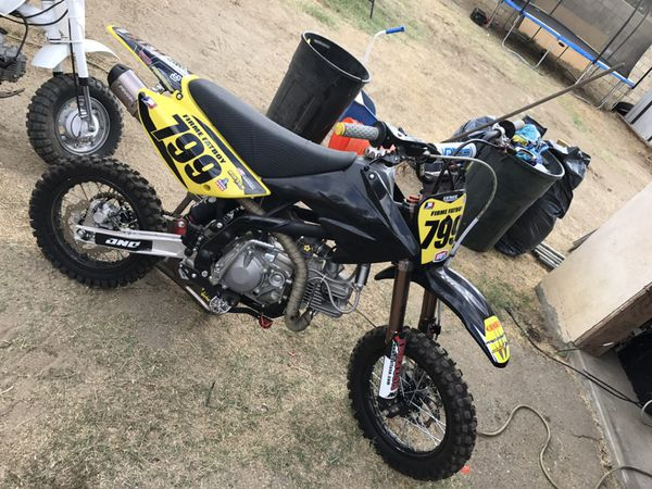 Pit bike trade for klx110 full mod for Sale in Victorville, CA - OfferUp