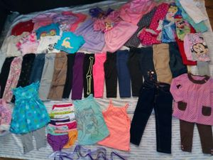 Photo Girls Size 4-4T Wardrobe Clothes lot, many New and Well Cared for items to enjoy, huge Spring/Summer/Fall assortment