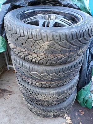 Photo Brand new tires with used rims 305/45R22 General UHL