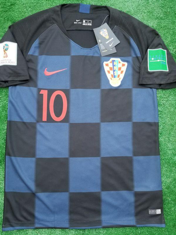 ba43609ff 2018 Croatia away soccer jersey for Sale in Raleigh