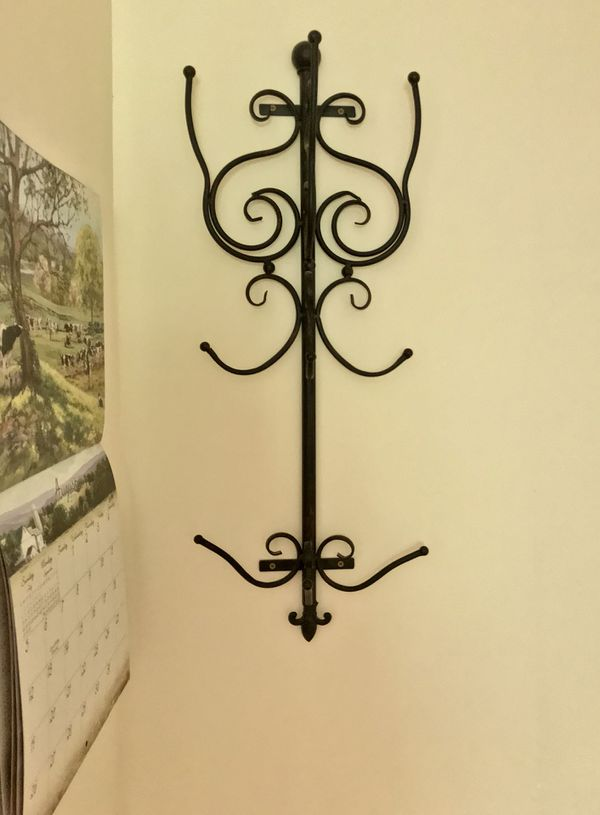 Black metal wall rack for Sale in North Haledon, NJ - OfferUp