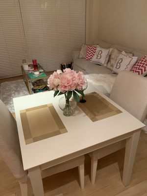 Dining Table and Chairs for Sale in Washington, DC