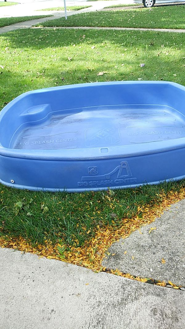 step 2 big splash center pool72 52 12 deep for sale in
