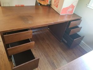 New And Used Desk For In Elgin Il