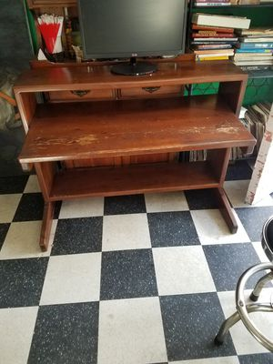 Beautiful Solid Wood Desk for Sale in San Diego, CA
