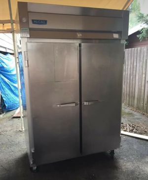 Nice excellent two door cooler for Sale in Seattle, WA