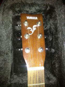Acoustic guitar Thumbnail