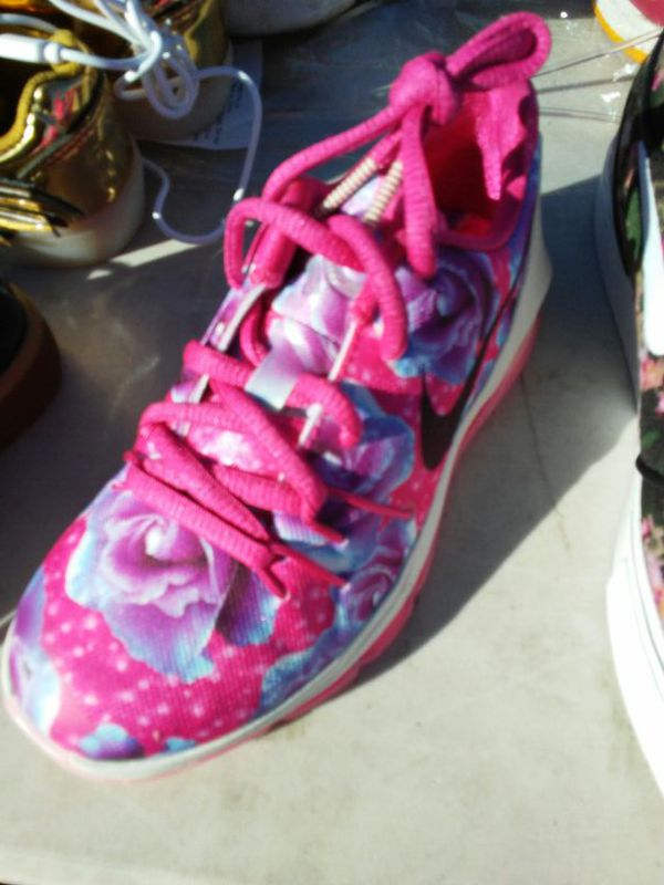 dd1ff83cdd19 Kids Nike KD 8 aunt Pearl size 12c for Sale in Oakland