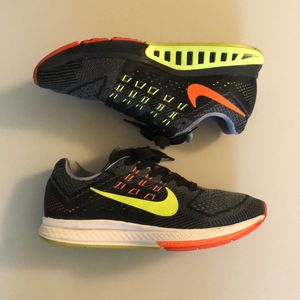 Nike Running Shoes men's size 8.5 for Sale in Annandale, VA