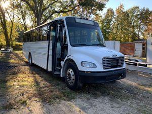 07 Frieghtliner Shuttle Bus for Sale in Glen Burnie, MD