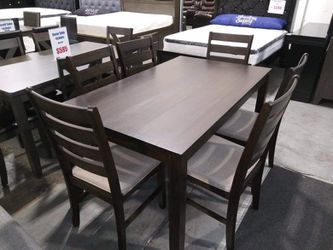 Table and six chairs Brand.New $39 Down /  Same day delivery available 🚛 Thumbnail