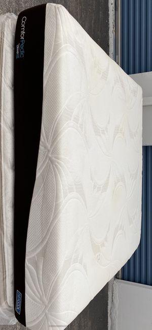 Photo Beautyrest king mattress