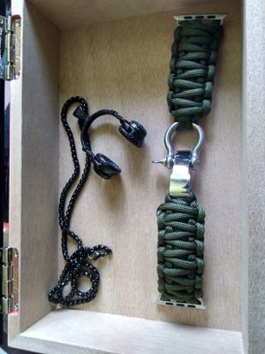 Android Smart Watch/ Headphone Heavy Necklace/Changeable Watch Band for Sale in Clinton, MD