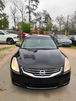 Photo 2010 NISSAN ALTIMA, CLEAN TITLE,NEAT INTERIOR,COLD AC,190K MILES