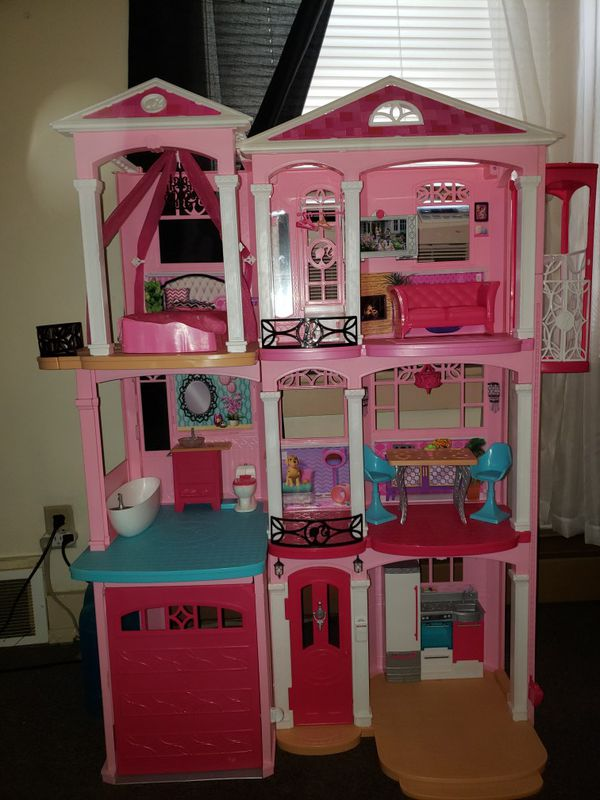 Big Barbie Doll House For Sale In West Springfield Ma Offerup