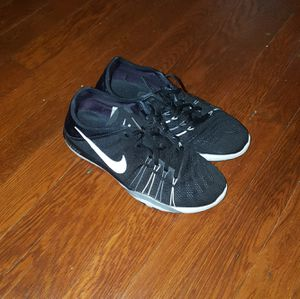 Nike running shoes size 7.5 for Sale in Waldorf, MD
