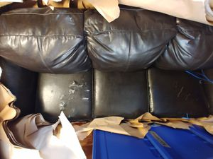 Sofa $25 for Sale in LEWIS MCCHORD, WA
