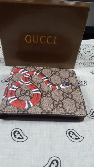 9b546bb19de6 New and Used Gucci wallet for Sale in San Antonio, TX - OfferUp