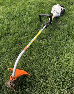 Photo Stihl FS38 Weed Eater Lawn Trimmer