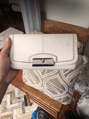 Coach wallet for Sale in Annandale, VA