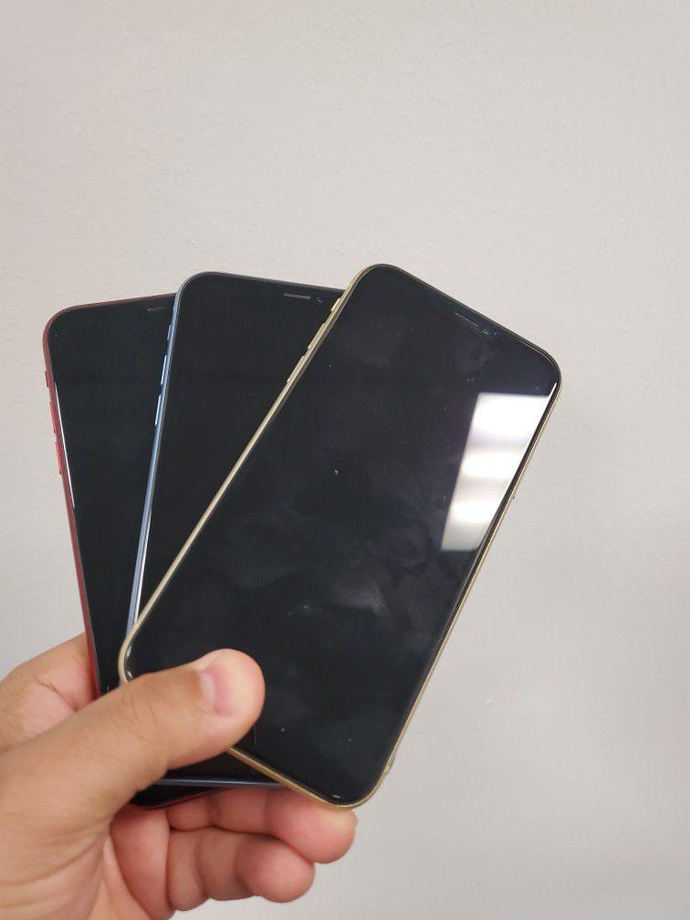 iPhone XR 64gb Factory Unlocked