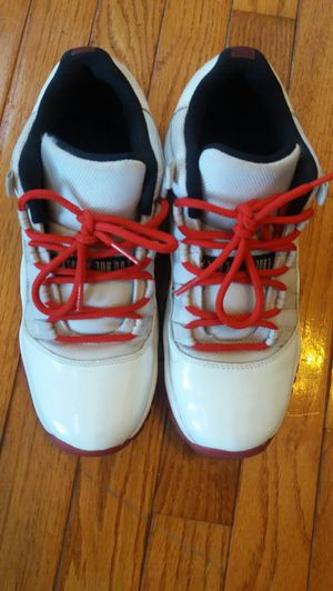 Jordan Varsity Red 11s Sz 7 for Sale in Chicago c3cde2824