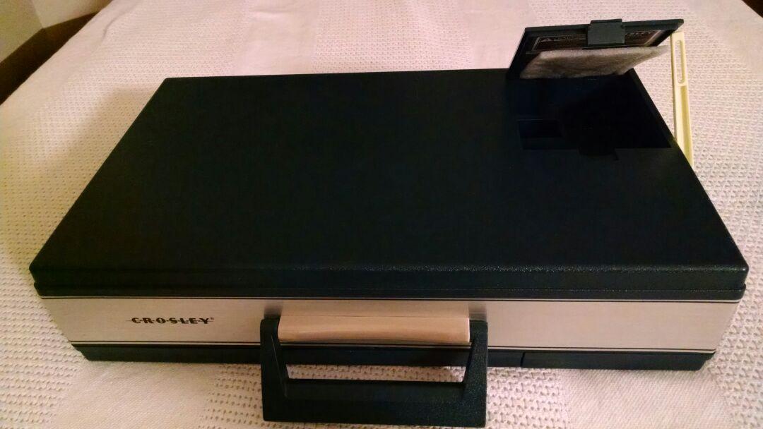 CROSLEY CR6016A Record Player
