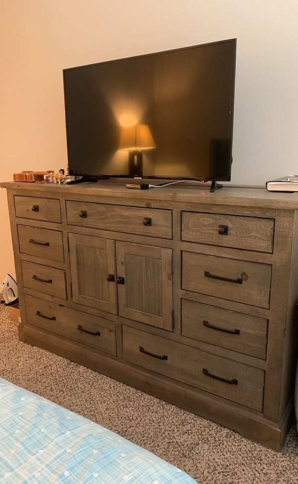 huge discount 76e69 fcf30 Wayfair Dresser for Sale in Palm Beach Gardens, FL - OfferUp