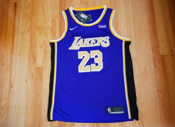 detailed pictures 9ebf5 fbcb8 New Lakers LeBron James jersey for Sale in Fremont, CA - OfferUp