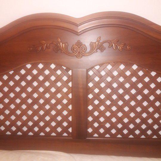 Headboard Queen Size Bed