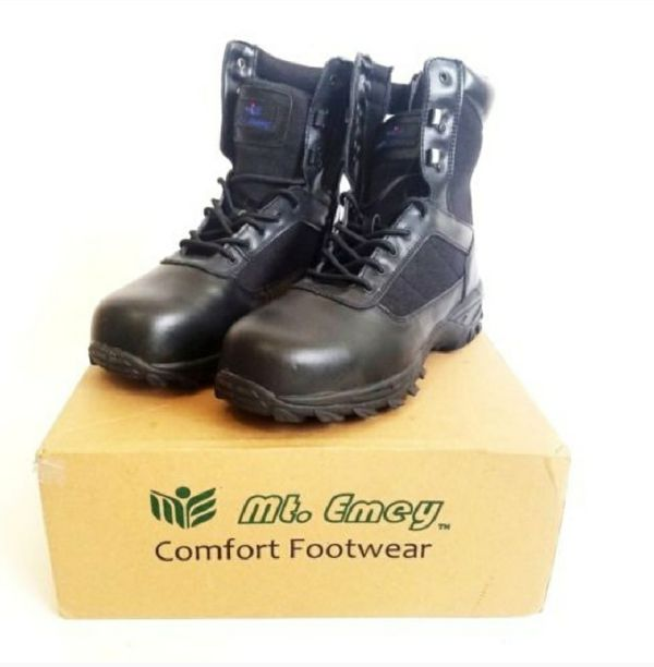 2acdf522757 Mt. Emey Men's 6506 Composite Toe Work Boot Size 9 for Sale in Tucson, AZ -  OfferUp