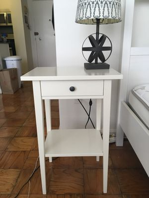 Nightstand with small drawer for Sale in Washington, DC