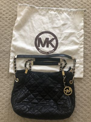 Michael Kors black leather bag for Sale in McLean, VA