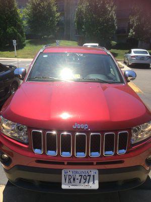 JEEP 2012 automatico 140 mil millas. 4x4 for Sale in Alexandria, VA
