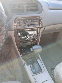 2000 Nissan Altima Thumbnail