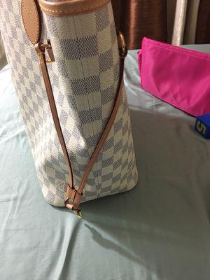 Louis Vuitton Neverfull mm damier azur! for Sale in Sanford, FL