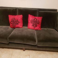Velvet couch Thumbnail