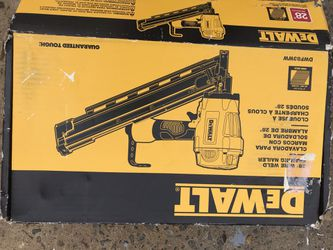 Esta nuevo este pistola de clavos de 21 Thumbnail