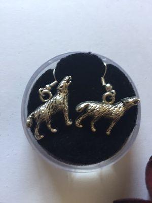 3d wolf earrings. for Sale in Denver, CO