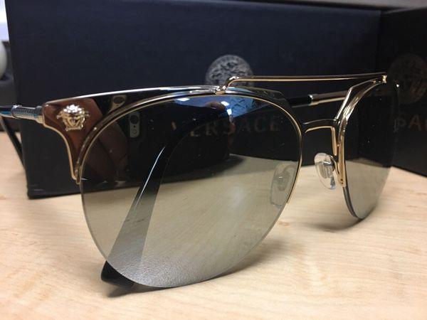 0518e0a4e8ab8 New Versace sunglasses for Sale in Houston
