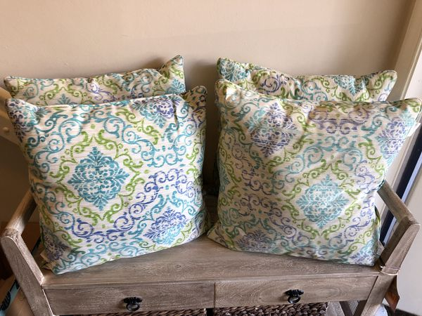 Outdoor Throw Pillows Cushions All 4 10 For Sale In Fort