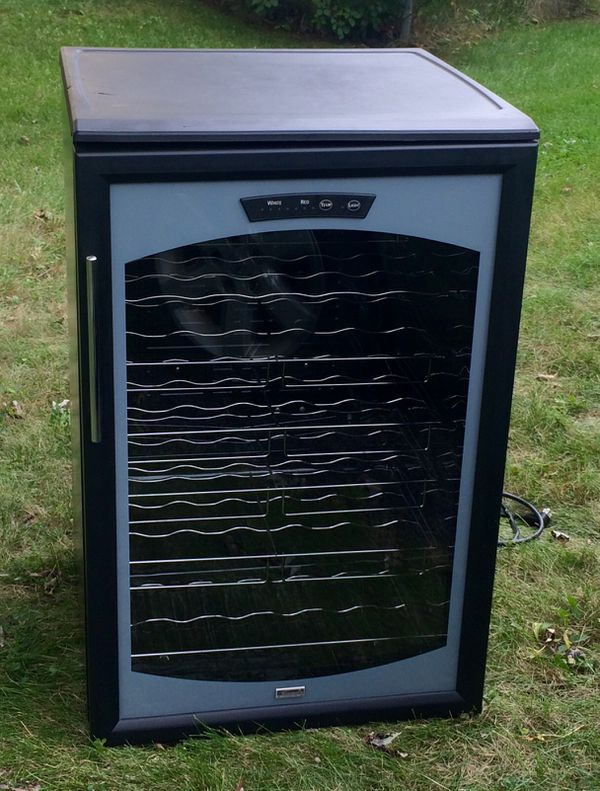 kenmore wine cooler/fridge! 7 shelves total!! pending pick up! for sale in  hanover park, il - offerup