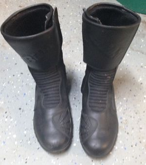 Black Riding Boot, Motorcycle boots, barely used for Sale in St. Louis, MO